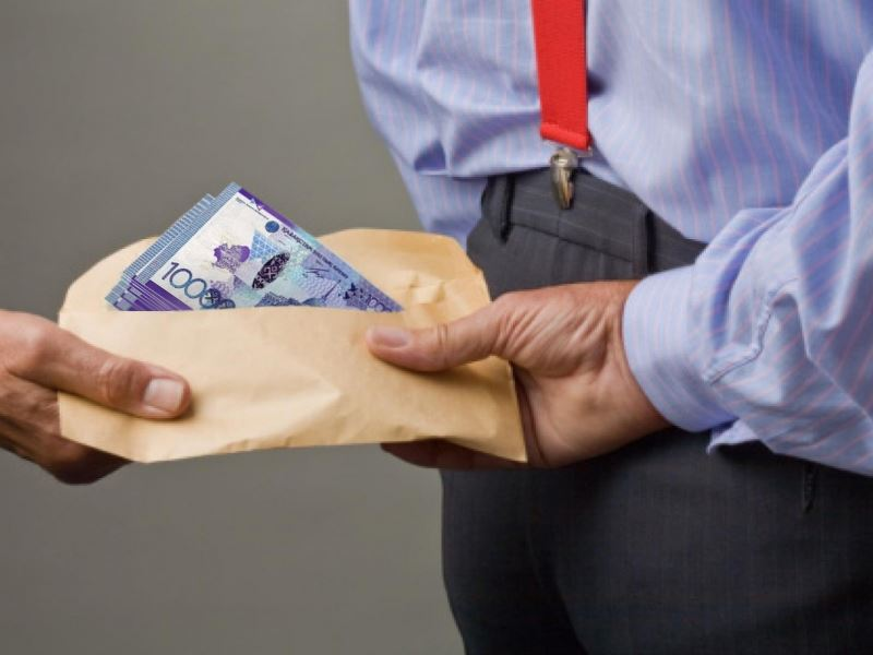 За взятку в 50 тысяч тенге сотрудник сельского хозяйства Мангистау выплатит в бюджет 1 млн тенге