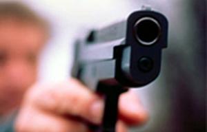В актауском ночном клубе произошла драка между гостями заведения, в ходе которой один из участников конфликта достал пистолет и несколько раз из него выстрелил