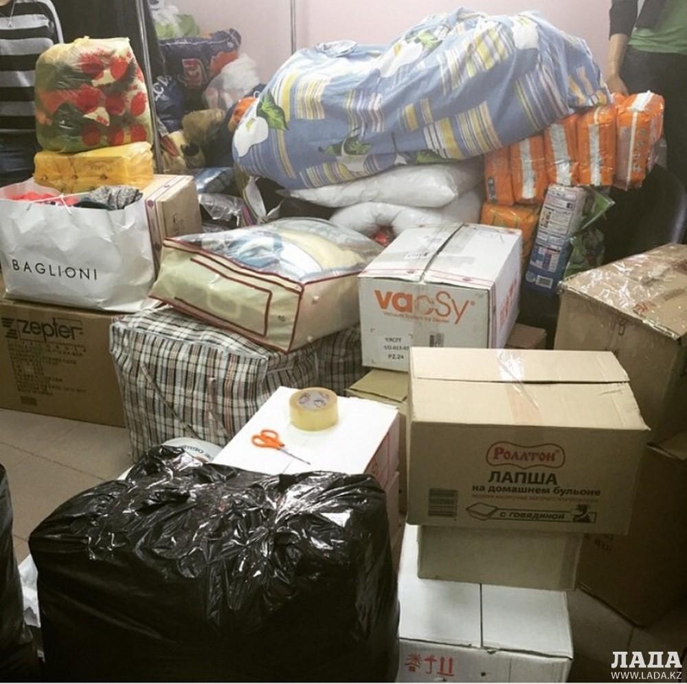 Актауские пользователи Instagram собирают продукты и вещи для пострадавших жителей Карагандинской области