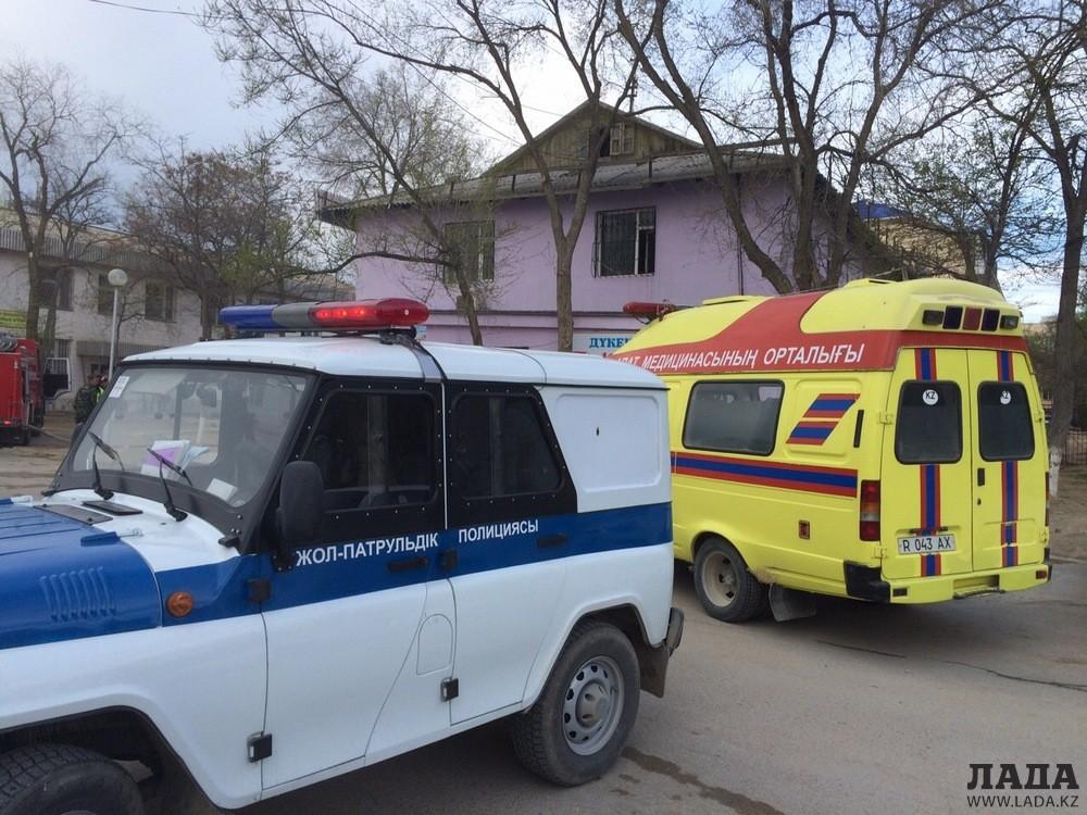 Из очага возгорания в одном из зданий Актау эвакуировали 25 человек