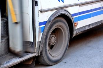 Водитель автобуса в Актау насмерть сбил школьника и скрылся