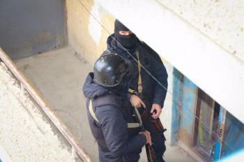 Угрожавшего стрельбой в детском саду мужчину задержала полиция Актау