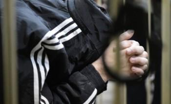 В Актау осужден старший инспектор управления миграционной полиции