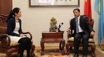 """Посол Китая призвал Казахстан отказаться от менталитета """"холодной войны"""""""