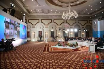 Президент Казахстана запустил завод по производству колесных пар и тепличный комплекс в Экибастузе