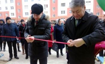 В Актау 100 семей получили ключи от квартир