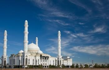В Казахстане мусульмане готовятся к священной ночи Қадыр түні