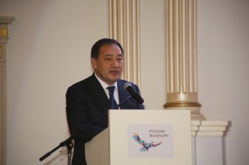 Переход казахского алфавита на латиницу обсудили в Мангистауской области