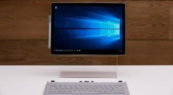 Microsoft представила свой первый ноутбук