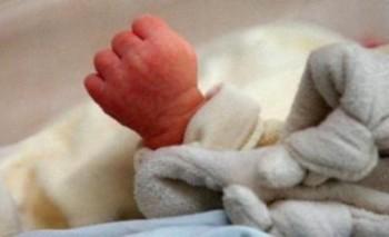 Мертвый новорожденный ребенок обнаружен в коробке на трассе Актау-Атырау