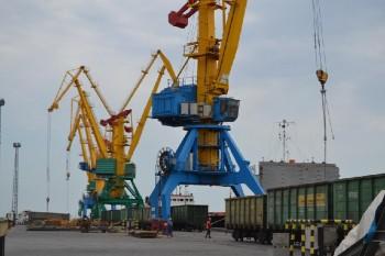 Более 2,3 млрд тенге перечислил в бюджет РК таможенный пост «Морпорт» с начала года