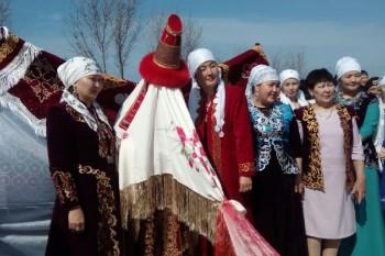 К празднику Наурыз запустят дополнительные поезда