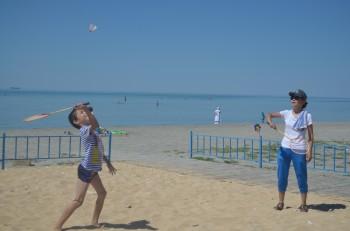 Пляж для детей и молодёжи с ограниченными возможностями открыли в Актау