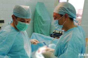 Мангистауские врачи прооперировали трехмесячную девочку с проломленной головой