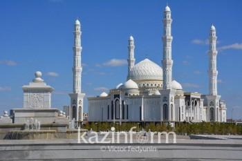 В Казахстане начался праздник разговения Ораза айт