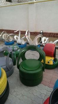 В детсадах Актау появились миньоны из покрышек (ФОТО)