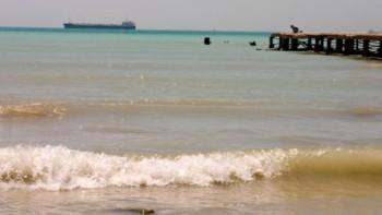 Актауские прокуроры выявили ряд нарушений при обустройстве нового пляжа