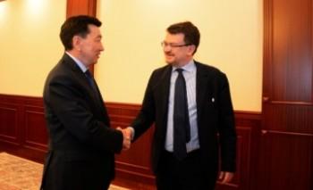 Аким Мангистауской области и посол Италии в РК обсудили укрепление торгово-экономических отношений