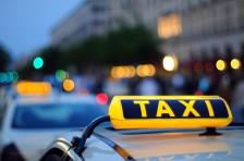 В Актау таксист протащил девушку по асфальту более 10 метров