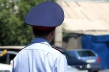 В Актау 10 полицейских наказали за конфликт с пешеходом