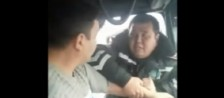 Видео конфликта водителя и сотрудника ДПС появилось в Сети