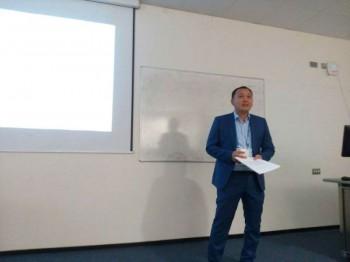 Учитель из Актау намерен издать книгу по методике преподавания математики на трех языках