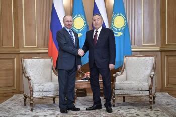 Владимир Путин отметил высокий уровень стратегического партнерства с Казахстаном