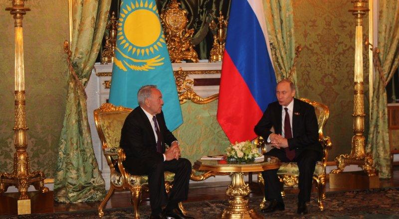 Назарбаев Путину: Вместе выйдем из любой ситуации