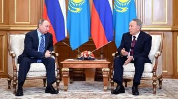 Путин поблагодарил Назарбаева за вклад в урегулирование сирийского конфликта